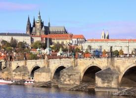 praha-prazsky-hrad-a-karluv-most-w-1447